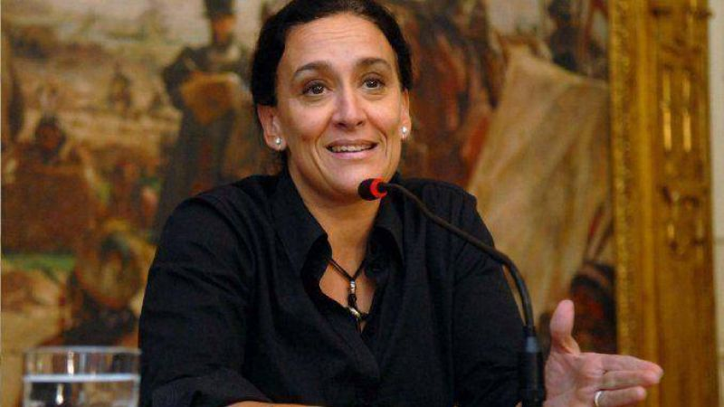 Senado: Gremios resisten la decisi�n de Michetti de rescindir m�s de 2 mil contratos