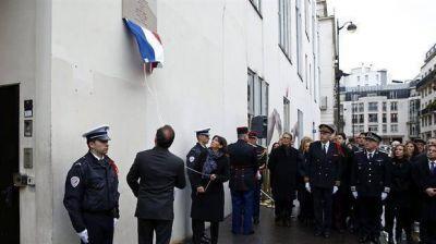 Francia se une para recordar a las v�ctimas del ataque a Charlie Hebdo