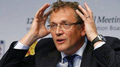 Prorrogan 45 d�as la suspensi�n provisional de Jerome Valcke, ex n�mero 2 de la FIFA