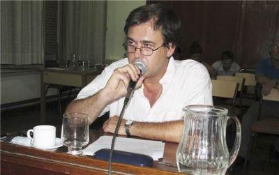 Salamanco explicó los motivos de su rechazo al aumento y creación de tasas