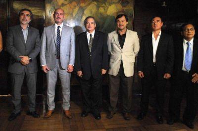 Cardozo pidió insumos y contacto directo con Epidemiología de Nación
