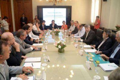Emergencia agropecuaria: Buryaile se reuni� con Vara en Buenos Aires