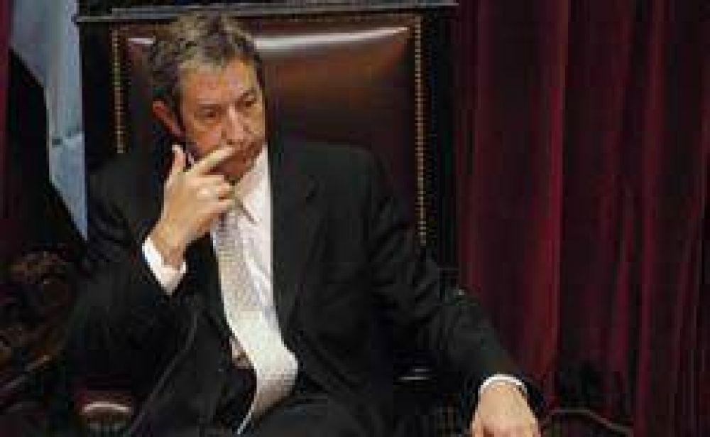 Cobos criticó el posible acuerdo de $ 600 M entre el Gobierno y la AFA
