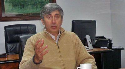 Alejandro Phatouros: �Quienes m�s ganan, deben ser quienes m�s contribuyan�