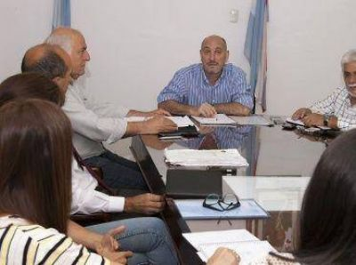 Salud define criterios de administración, recurso humano y contables
