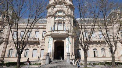 Un concejal del FPV asegura que Gay creó 16 nuevos cargos políticos