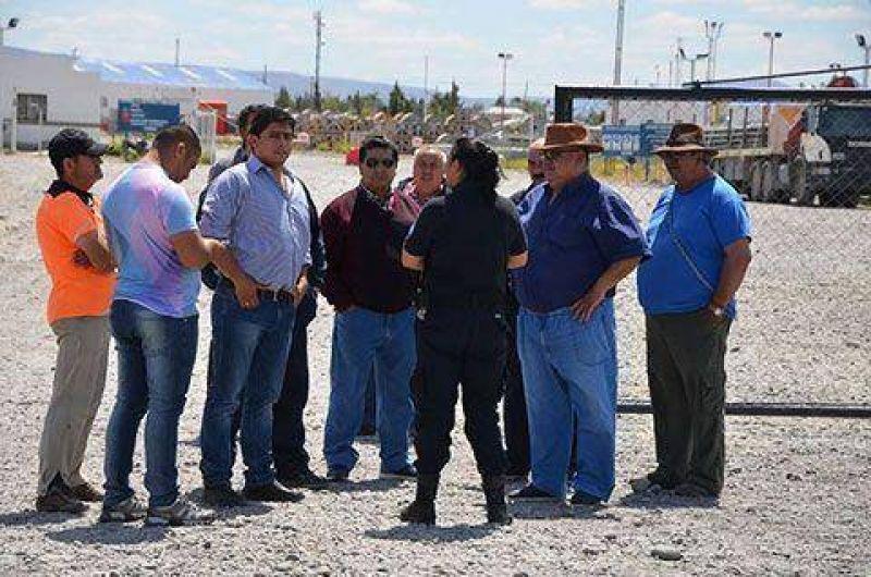 Petroleros profundizan medidas contra YPF