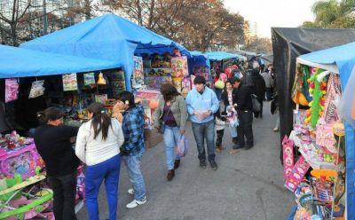 Planifican acciones para erradicar el comercio informal