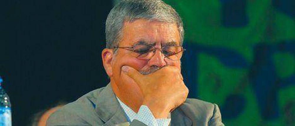 Tras el tarifazo, De Vido organiza una salida del Gobierno sin juicios en contra