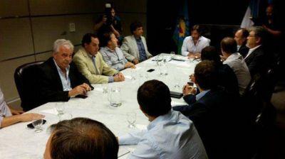 Se extiende la negociación del presupuesto bonaerense: el PJ rechazó la oferta de la gobernación