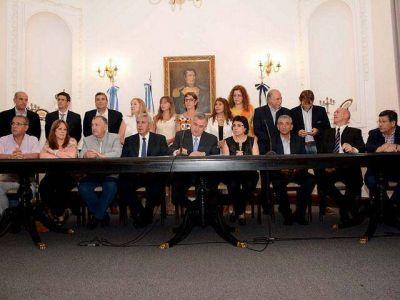 Acampe – Morales emplazó a las organizaciones sociales hasta el 14 de enero