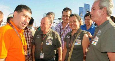 El gobernador visitó el vivac del Dakar 2016 en La Rioja