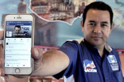 El comediante Jimmy Morales asumirá hoy la presidencia de Guatemala