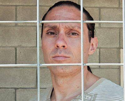 Pérez Corradi amaga de nuevo: dice que se quiere entregar, pero no lo hace