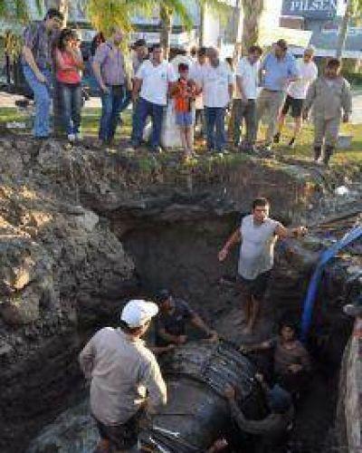 Tras reparar el acueducto de Barranqueras, esta madrugada volverán a poner en marcha la planta potabilizadora