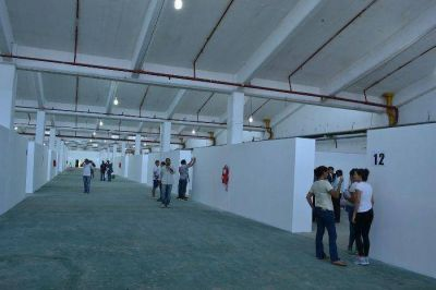 Habilitan en la ex Textil el más importante centro de evacuados