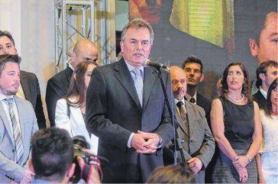 Los nombres de los funcionarios políticos del gabinete del intendente Héctor Gay
