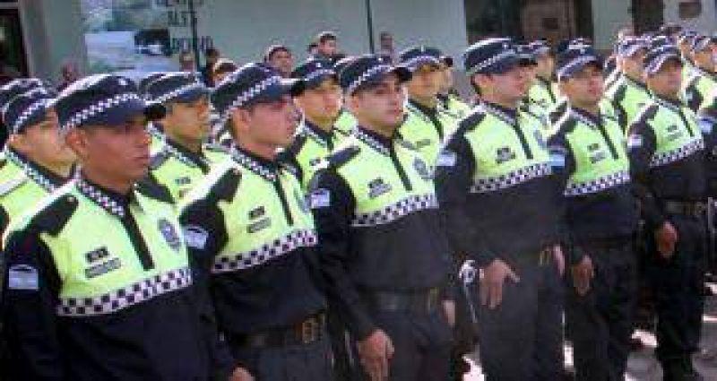 La Policía también cobrará el bono de $4 mil