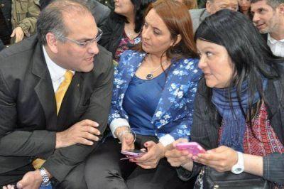 """""""Macri va a defender los puestos de trabajo de los fueguinos"""""""