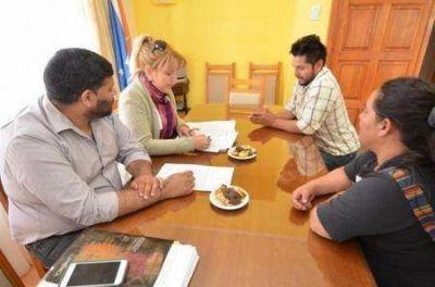 Encuentro con referentes del barrio Kayén