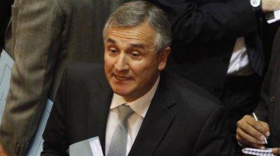 Morales amplía beneficios a las cooperativas y presiona a Sala