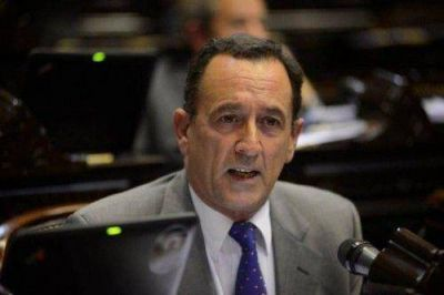 Héctor Gutiérrez en contra de posponer el inicio de clases para favorecer el turismo