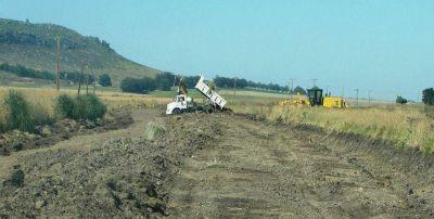 Se trabaja en la puesta a punto de los caminos rurales
