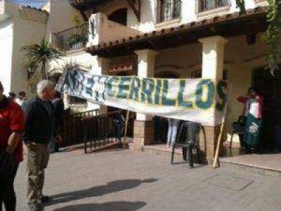 Conflicto Municipal en Salta: Decenas de gremios marchan a Cerrillos