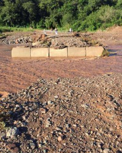 El La Sala destruyo por segunda vez en un mes el badén sobre la ruta 305