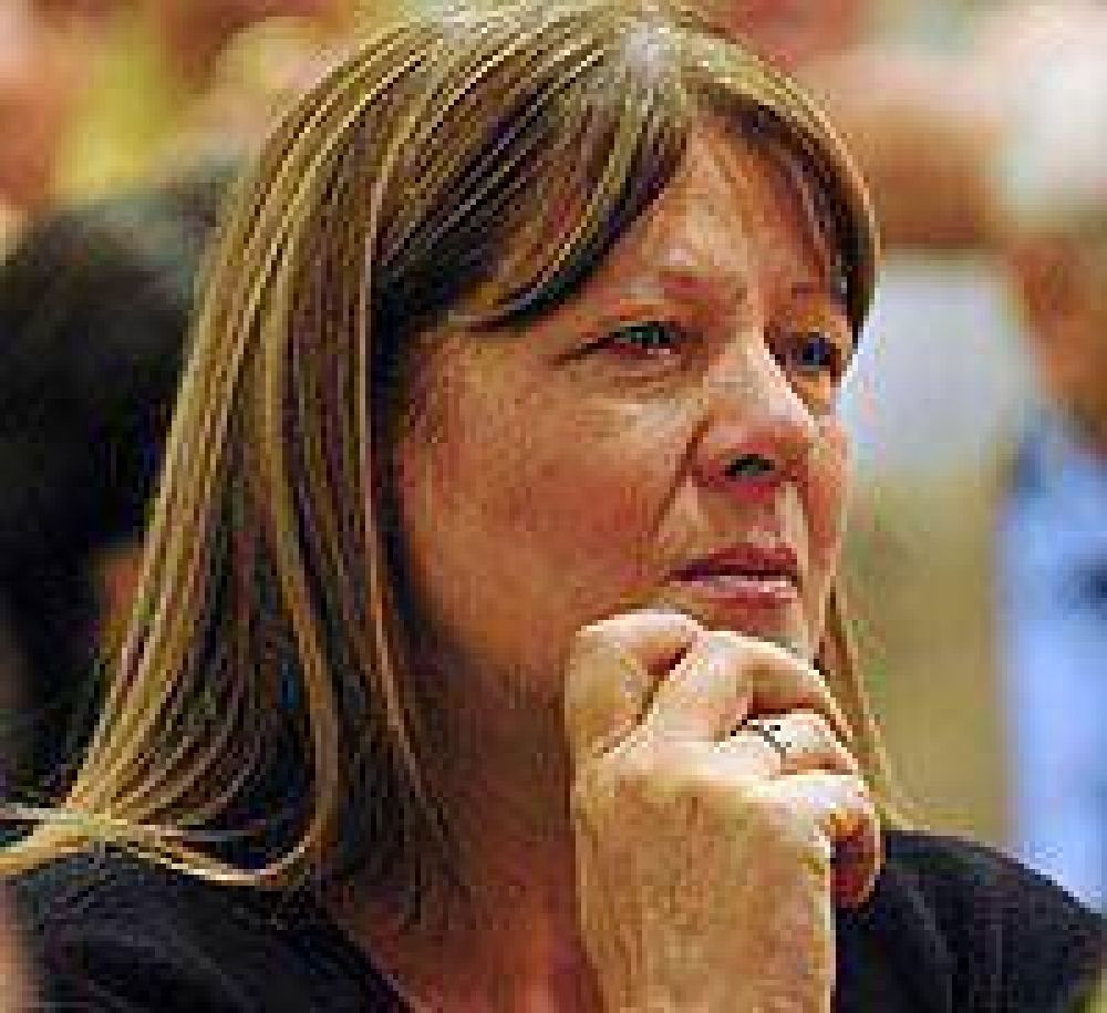 """Stolbizer demandó """"respuestas"""" al Gobierno y """"responsabilidad"""" a los opositores"""