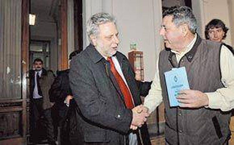 El diálogo entre campo y Gobierno, cerca de caerse