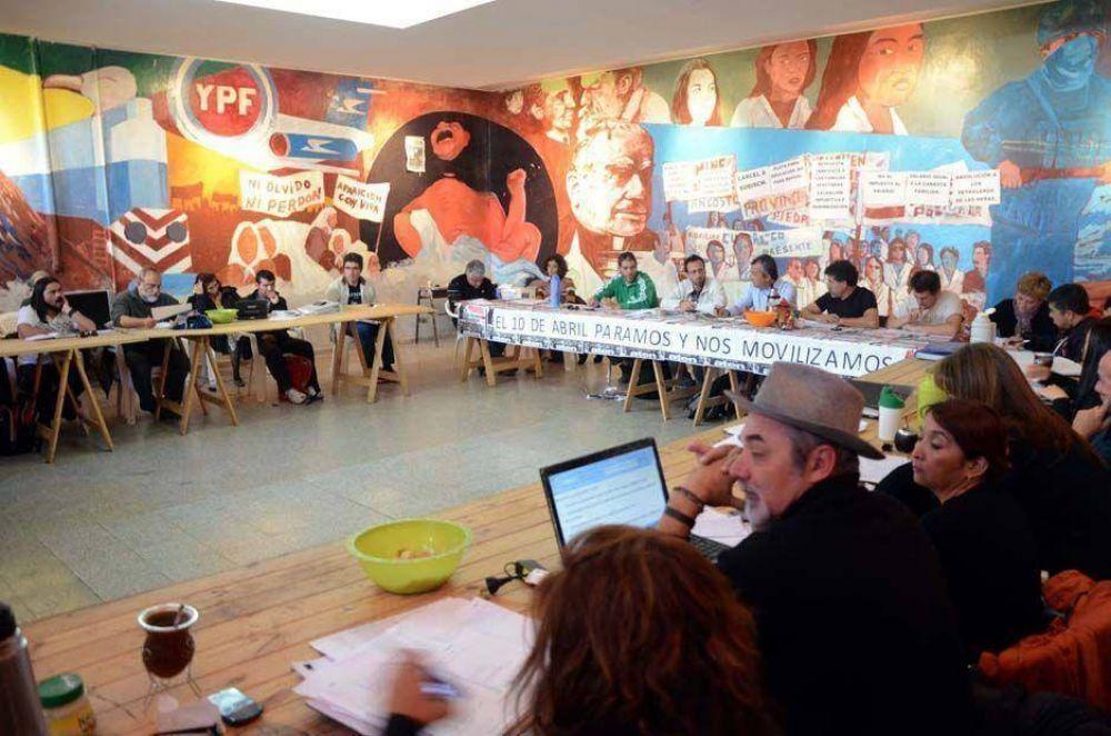 Aten pide al gobierno una reunión urgente para discutir salarios