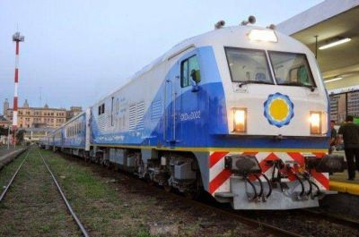 Carlos Arroyo se comprometi� a trabajar para que el tren regrese a Mar del Plata