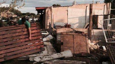 """Una """"cola de tornado"""" afectó viviendas del barrio La Trinidad"""