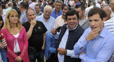 Fracaso de la cumbre de Santa Teresita debilita a Espinoza y Scioli