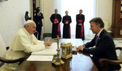 Francisco visitará Colombia en 2017