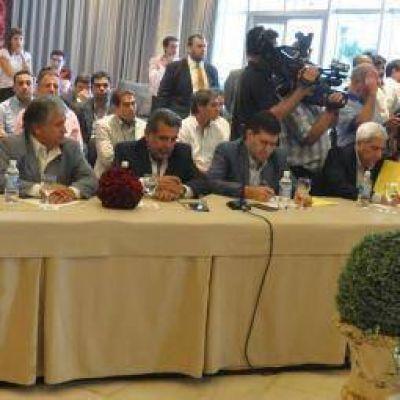 """""""Queremos apoyar a Macri, pero él debe apoyar a las provincias"""""""