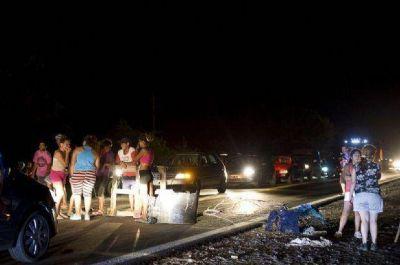 Vecinos del sur realizaron un piquete para reclamar agua y luz