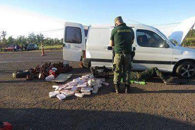 Gendarmería secuestró este domingo 194 kilos de marihuana en Plaza