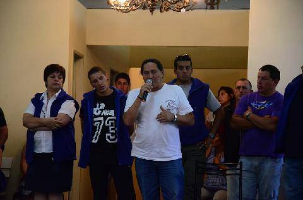 """Enrique Peñalba: """"El gobierno está buscando que hagamos un paro"""""""