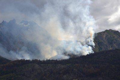 El Incendio principal est� contenido y se detectaron otros dos focos que fueron controlados