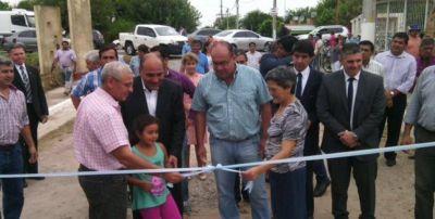 Manzur prometió incrementar las fuentes de empleo en Tucumán