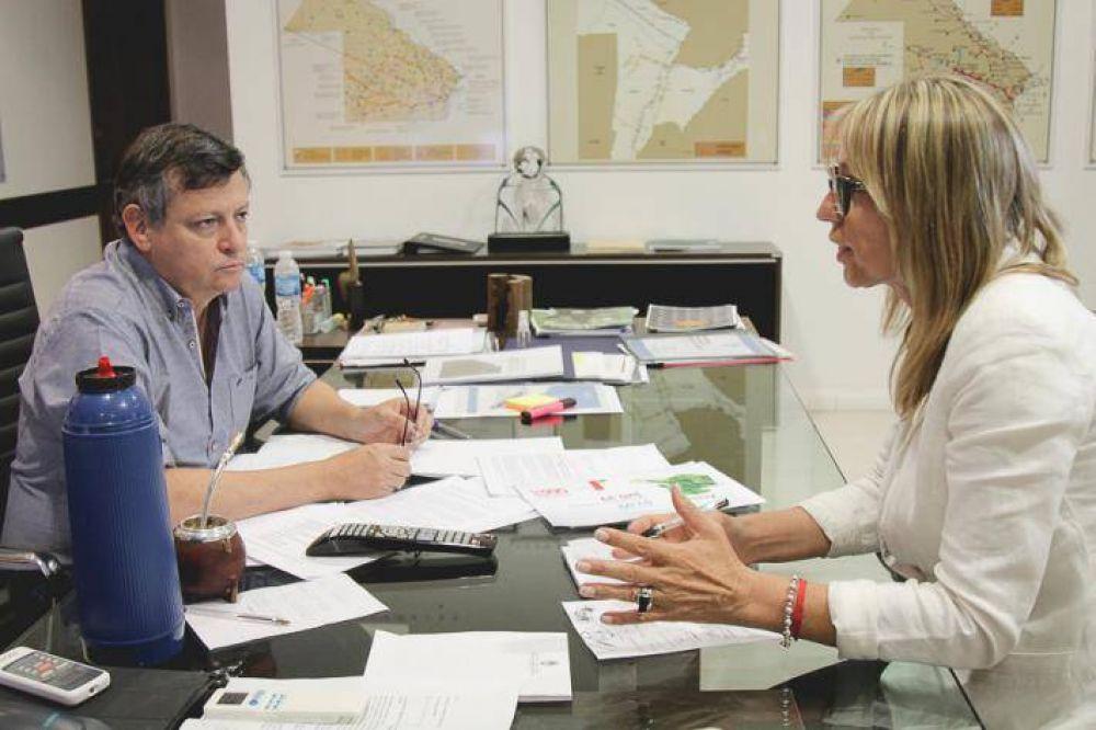 Peppo se reunió con jefes comunales y anunció que presentará un programa integral para municipios