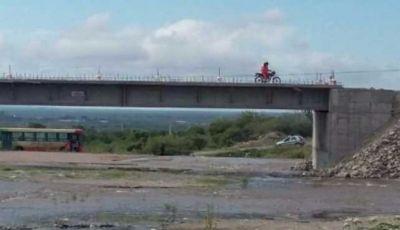La obra del puente avanza a cuenta gotas