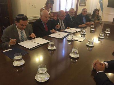 El gobernador de Santa Fe y la DAIA encabezaron el acto por el D�a Internacional en Memoria de las V�ctimas del Holocausto