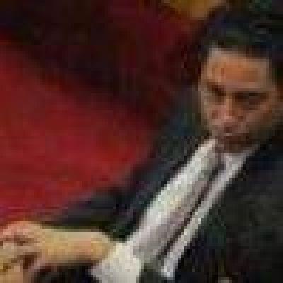 El alperovichista Caponio defiende al alperovichista Vargas Aignasse