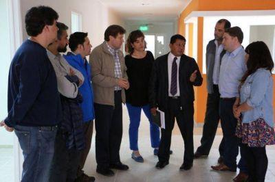 Melella recorri� con Concejales la obra del nuevo Centro Municipal de Salud