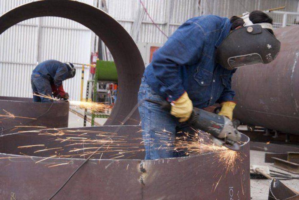 Ya existen pymes petroleras con dificultades para pagar salarios