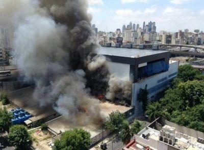 Incendio en Canal 13 y TN: evacuaron los estudios y se cortó la transmisión