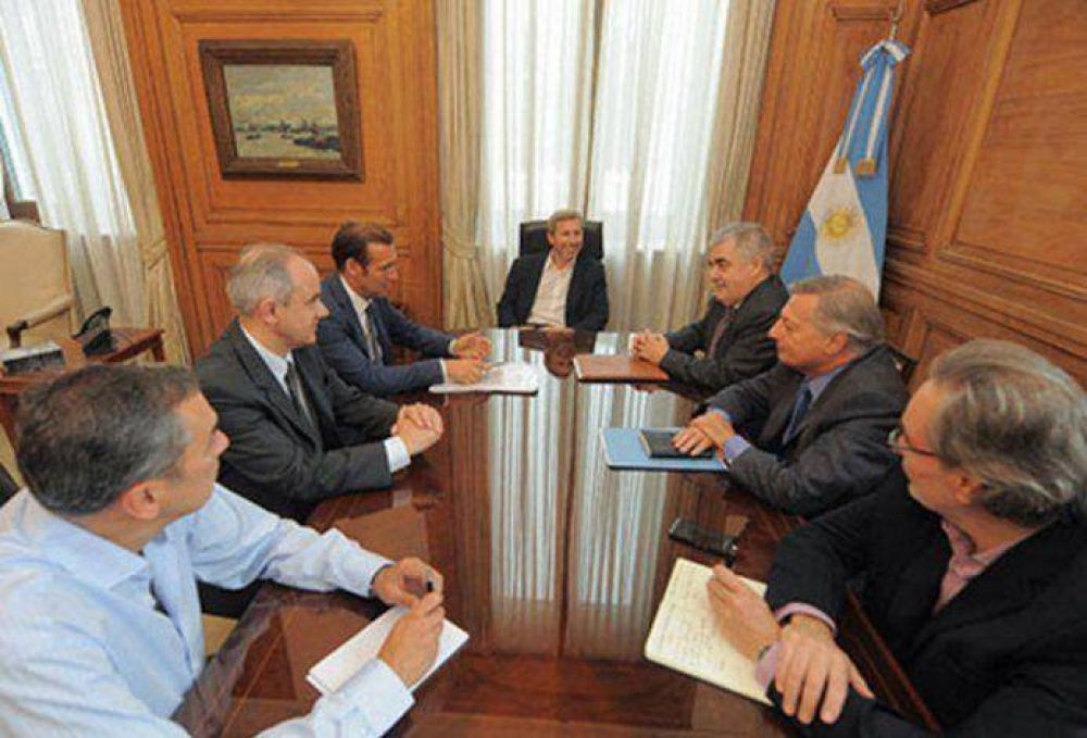 Llegó el día: reunión clave en la Rosada para destrabar el conflicto petrolero de Chubut